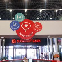 Budapest Bank beltéri dekorálás