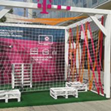 Európa Bajnokság Telekom közvetítéshelyszíneinek dekorálása