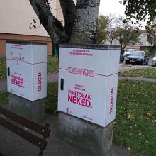 Telekom elosztószekrények fóliázása