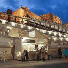 Várkert Bazár árusítóbódék felépítése